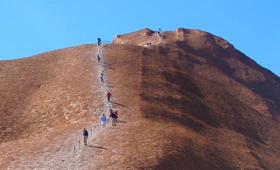 Uluru hoch wandern